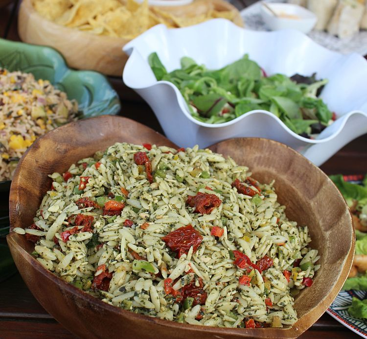 Fresh Pesto & Sundried Tomato Orzo Salad