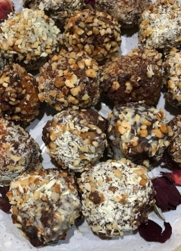 Chocolate Dipped Carrot Halwa Balls